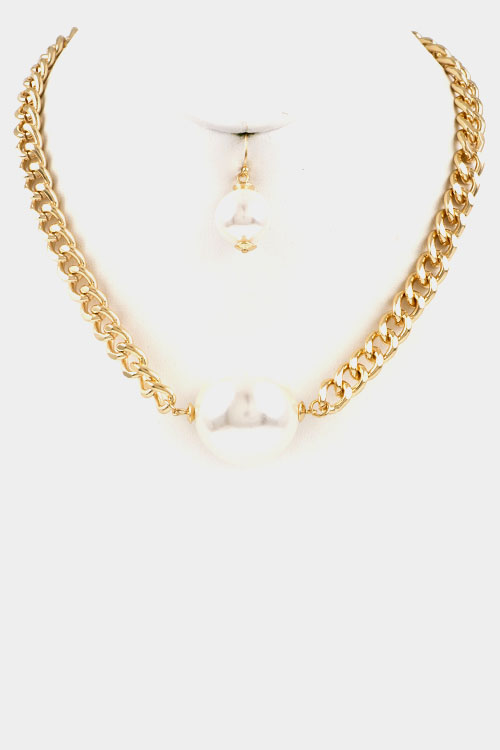 Chain with Pearl Accent Necklace Set