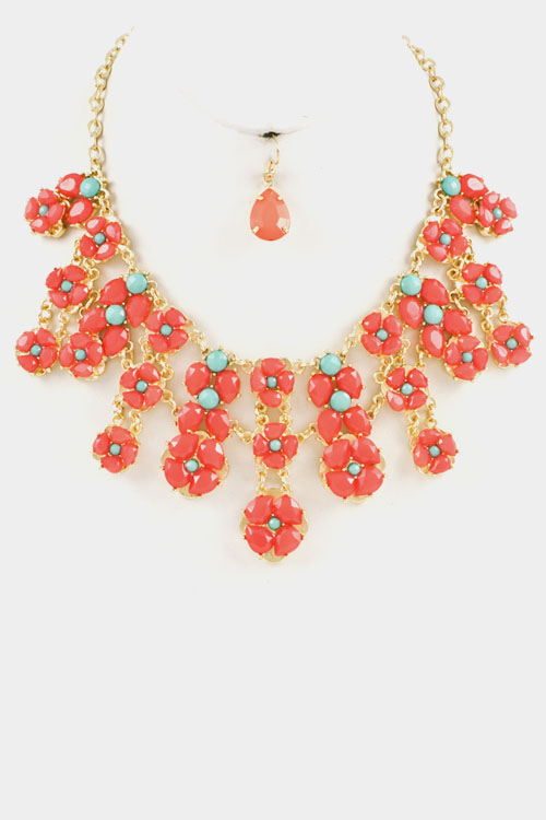 Flowers Linked Stairs Necklace Set