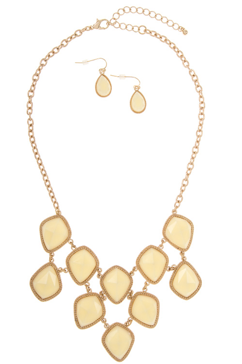 Acrylic Diamond Shape Faceted  Link Stone Necklace Set