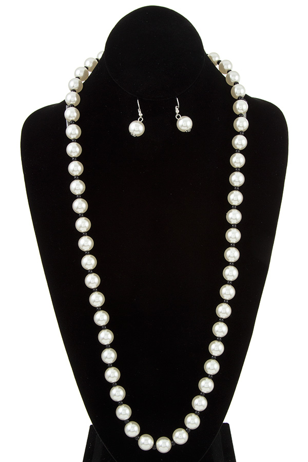 ELONGATED PEARL NECKLACE SET STRAND
