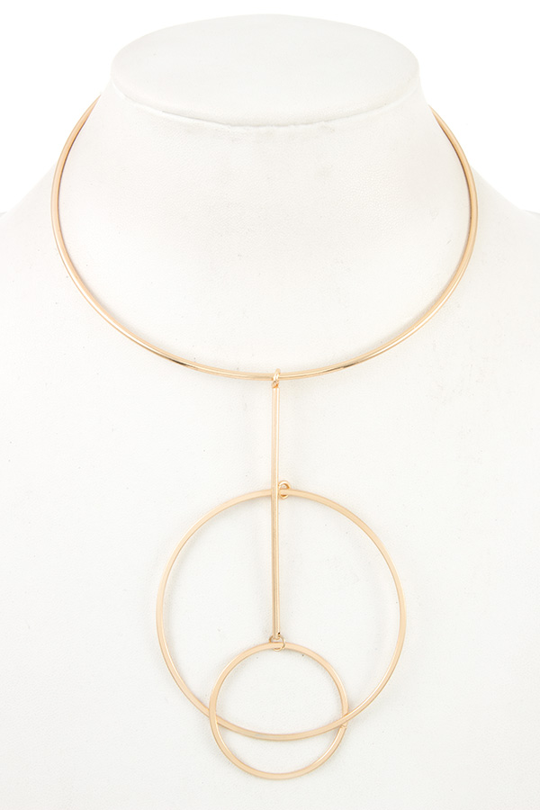Round Interlock Ring Collar Necklace