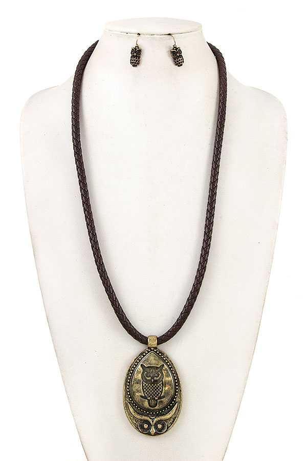 ETCHED OWL ELONGATED NECKLACE SET