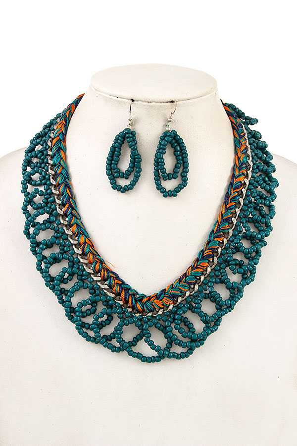 LOOPED BEAD BRAIDED BIB NECKLACE SET