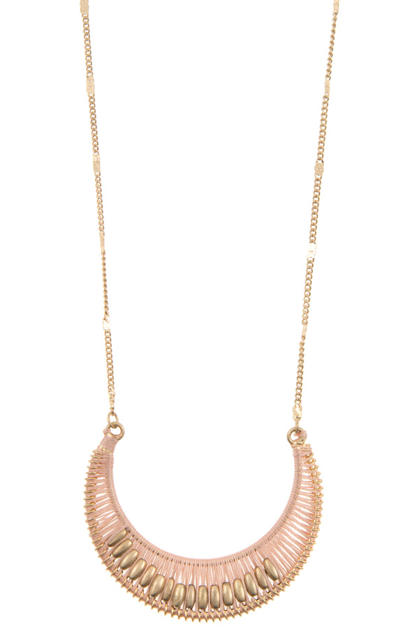 THREAD ACCENT CRESCENT PENDANT LONG NECKLACE