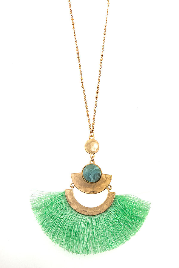 TIERED STONE FAN TASSEL PENDANT LONG NECKLACE