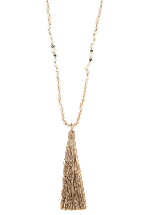 ELONGATED FRESHWATER PEARL AND GLASS BEAD TASSEL NECKLACE