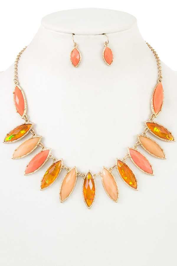 Faceted Oval Opal Stone Necklace Set