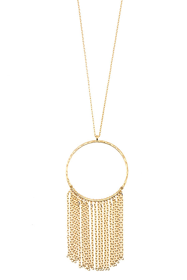 ELONGATED CIRCLE TASSEL PENDANT NECKLACE