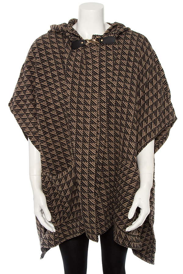DIAMOND LINE PATTERN CLASP ACCENT HOODED CAPE