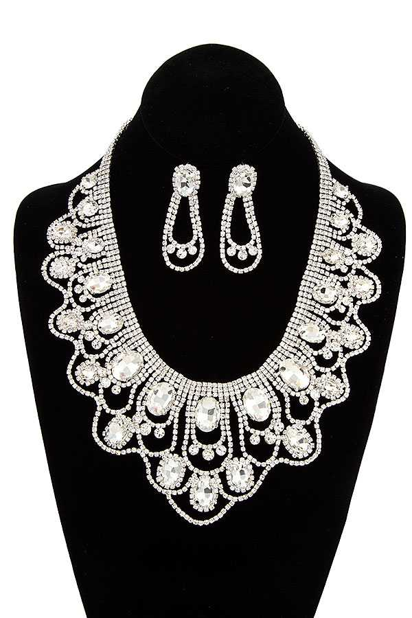 CRYSTAL GEM SCALLOPED BIB NECKLACE SET