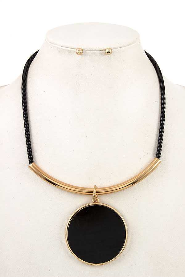 CIRCLE LINK CURVED BAR NECKLACE SET PENDANT