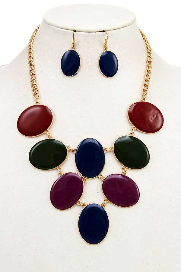 OVAL LINK BIB NECKLACE SET