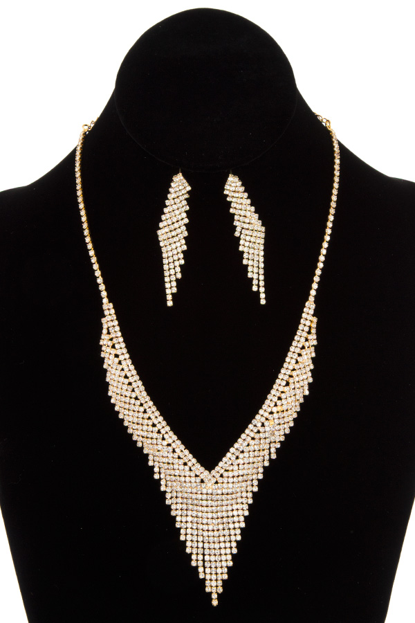 V NECK CRYSTAL GEM FRINGE NECKLACE SET