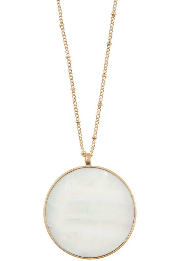 LARGE FAUX STONE ROUND PENDANT NECKLACE