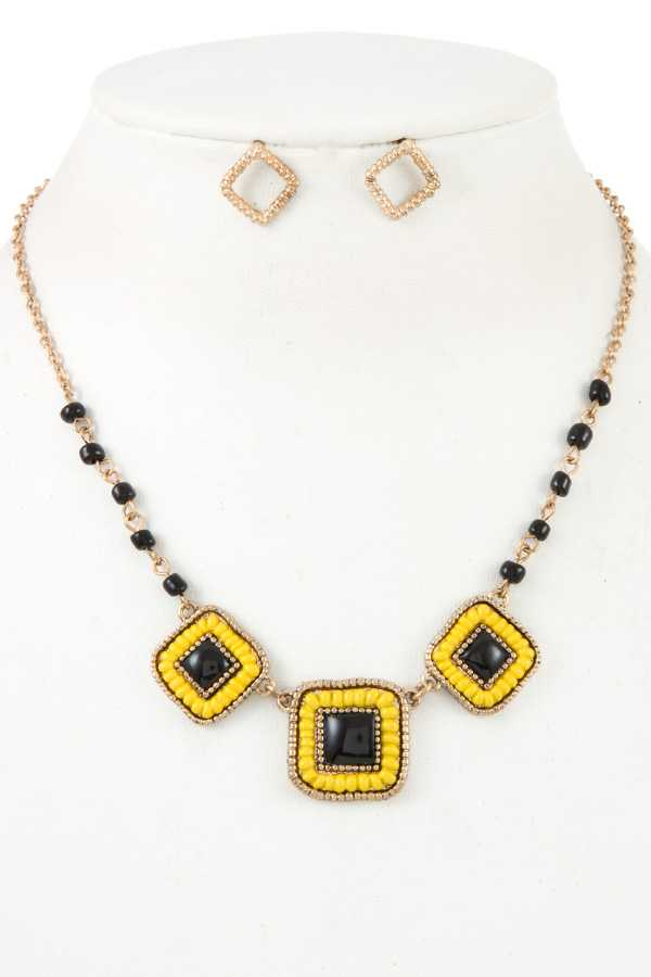 Three Square Linked Beads Pearl Detail Necklace Set