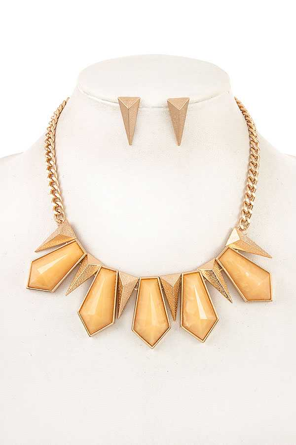 FACETED LINK STONE BIB NECKLACE SET