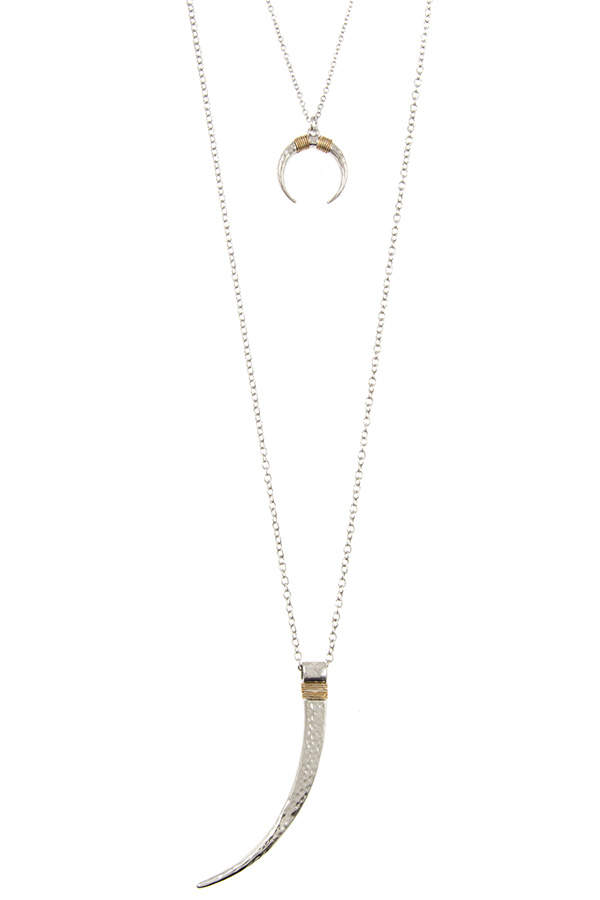 ELONGATED HAMMERED HORN CURVED PENDANT NECKLACE