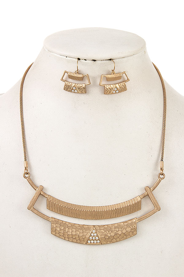 Hammered Tiered Bar Necklace Set