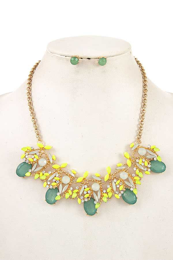 MARQUISE GEM CUT BIB ORNATE NECKLACE SET