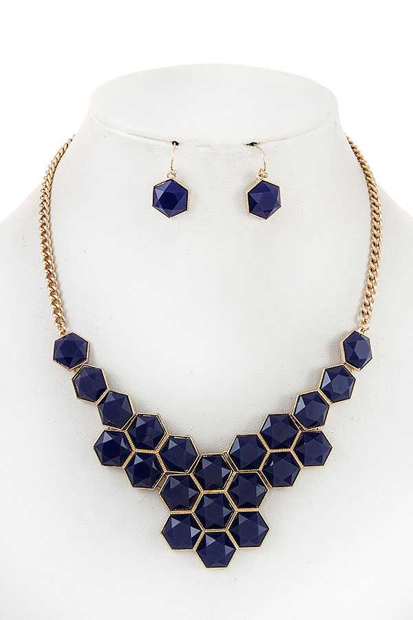 FACETED HONEYCOMB BIB NECKLACE SET