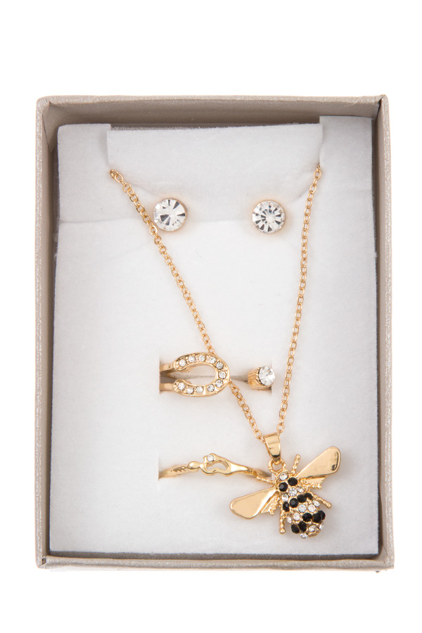 BEE PENDANT NECKLACE WITH RING SET