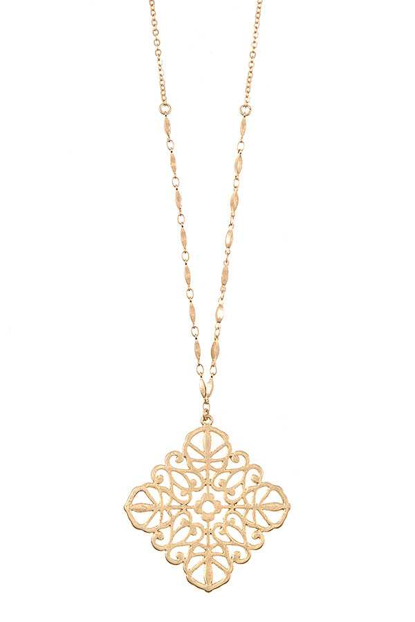 FILIGREE PENDANT LONG NECKLACE