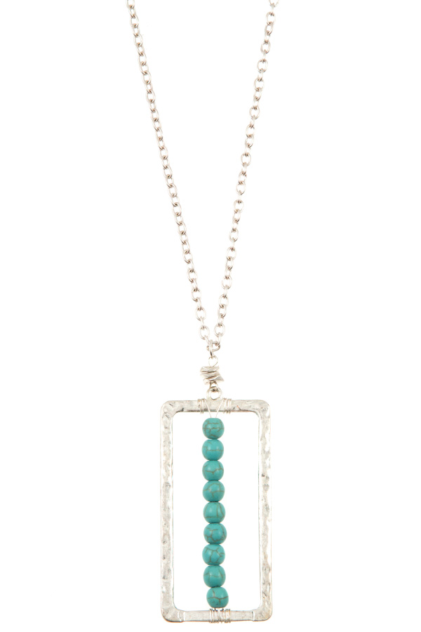 ALIGNED GEM HAMMERED RECTANGLE PENDANT LONG NECKLACE
