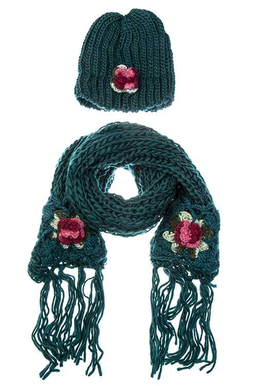 CROCHET ROSE ACCENT KNITTED SCARF WITH BEANIE