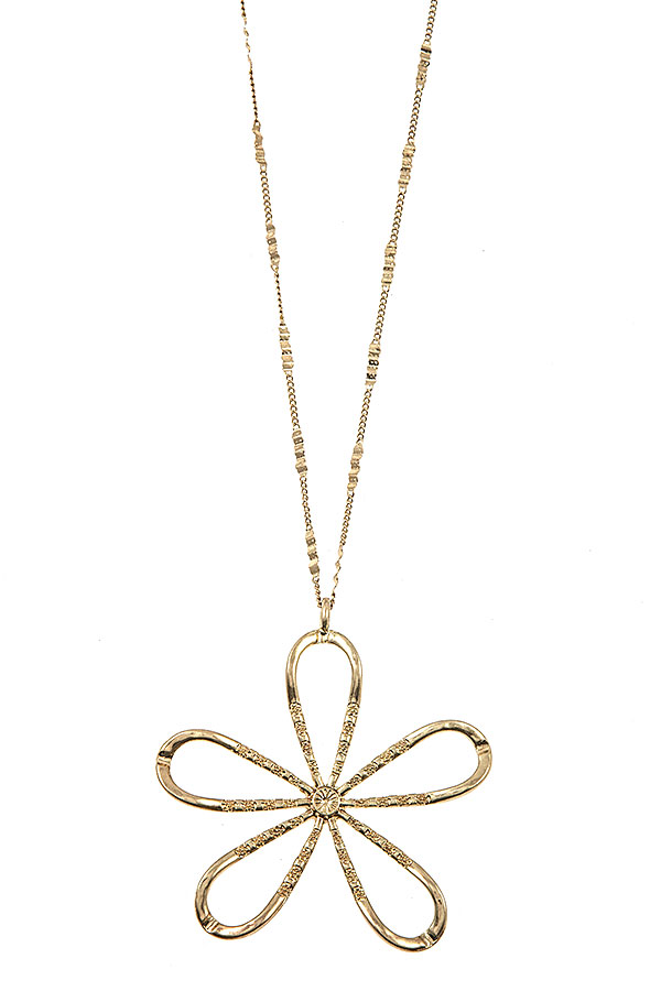 ELONGATED FLORAL PENDANT NECKLACE