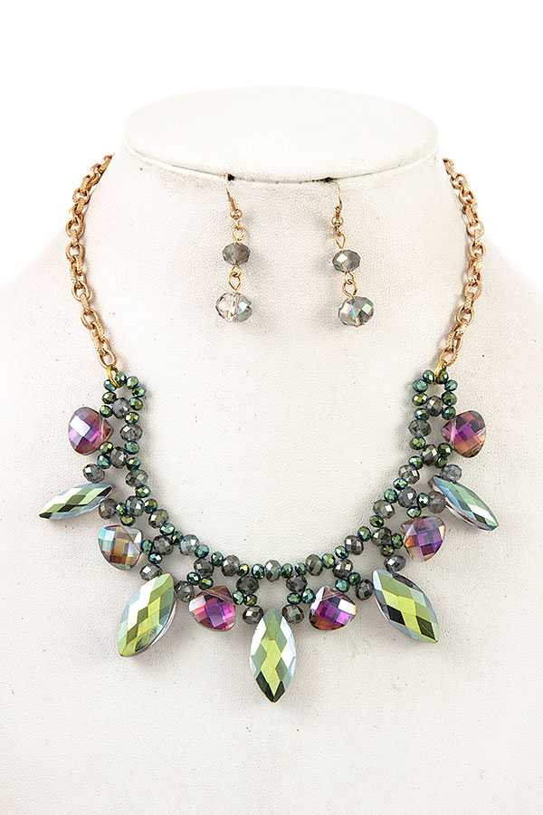 FACETED BEAD BIB NECKLACE SET