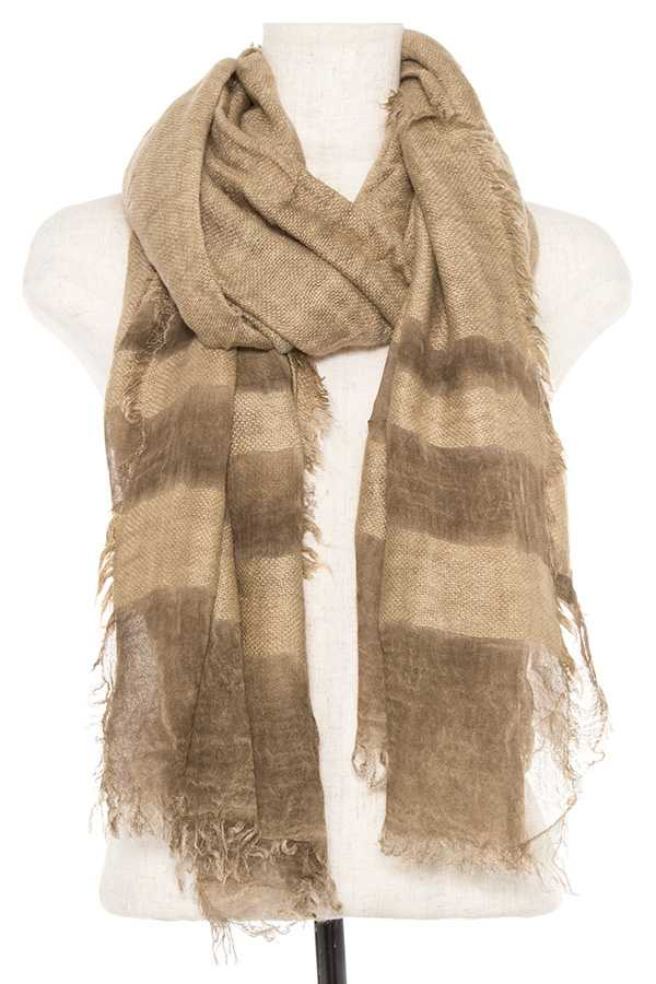 LINE PATTERN DETAILED OBLONG FRINGE END SCARF