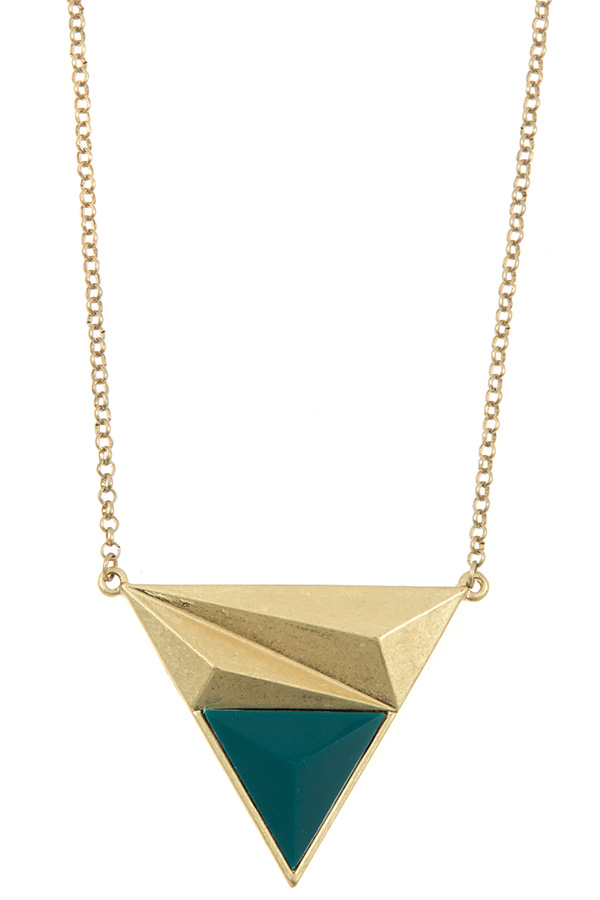 ASYMMETRIC TRIANGLE FACETED STONE PENDANT NECKLACE