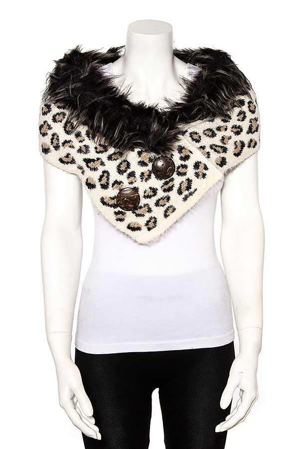 ANIMAL PRINT BUTTON ACCENT TUBE SCARF
