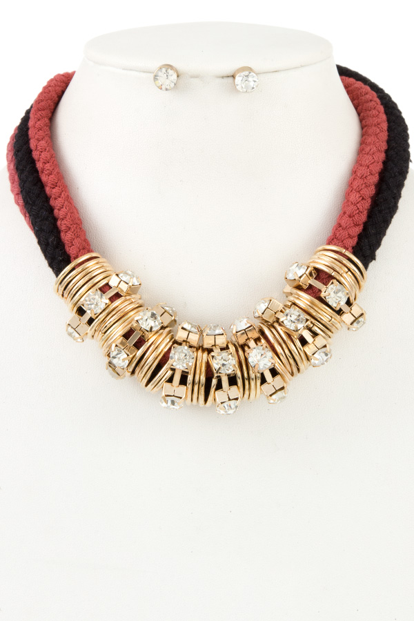 DOUBLE ROPE METAL ORNATE BIB NECKLACE SETS