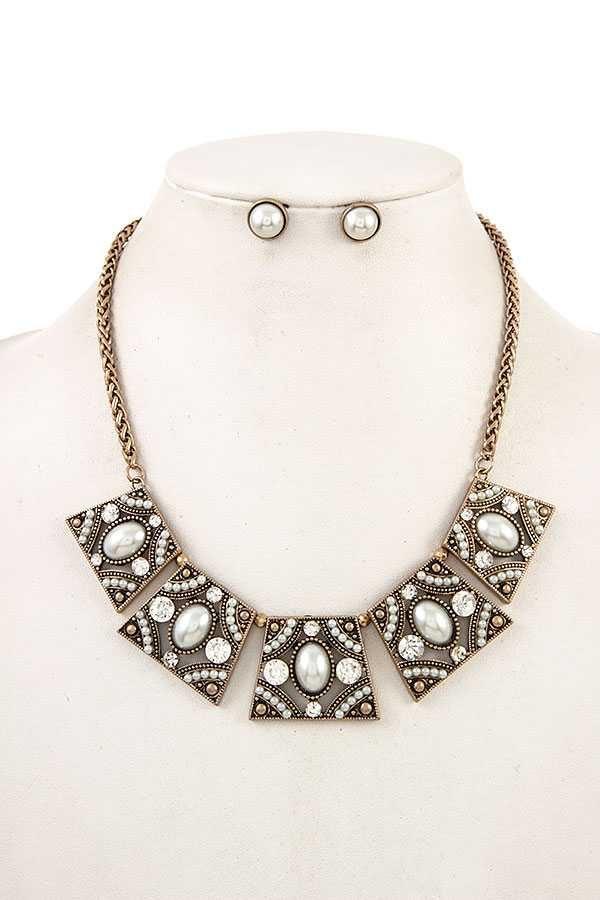 PEARL ACCENT LINK METAL BIB NECKLACE SET