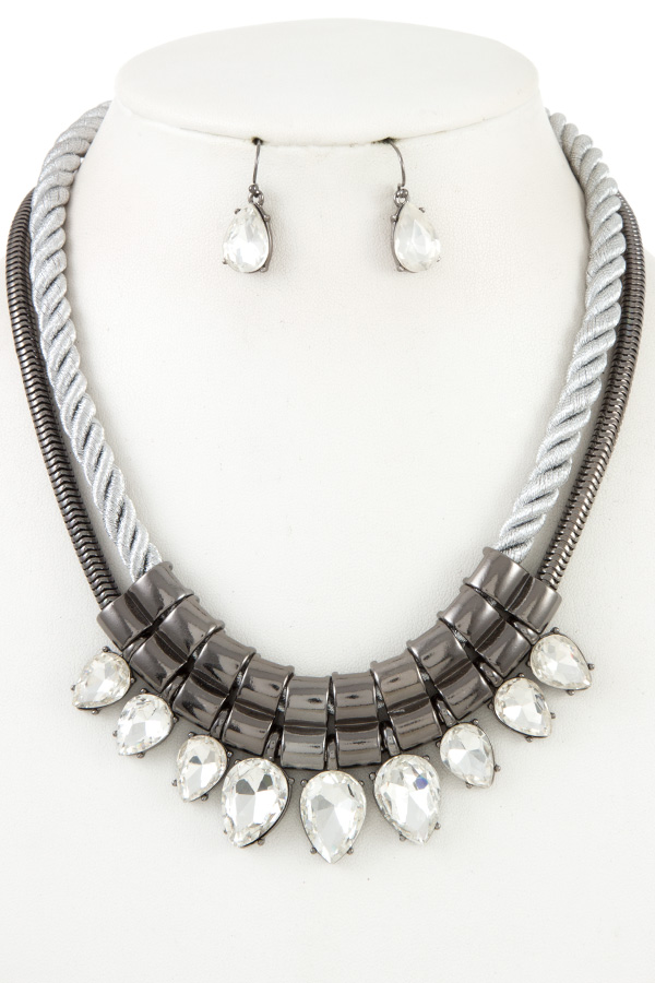 Rope Metal and Teardrop Crystal Necklace Set