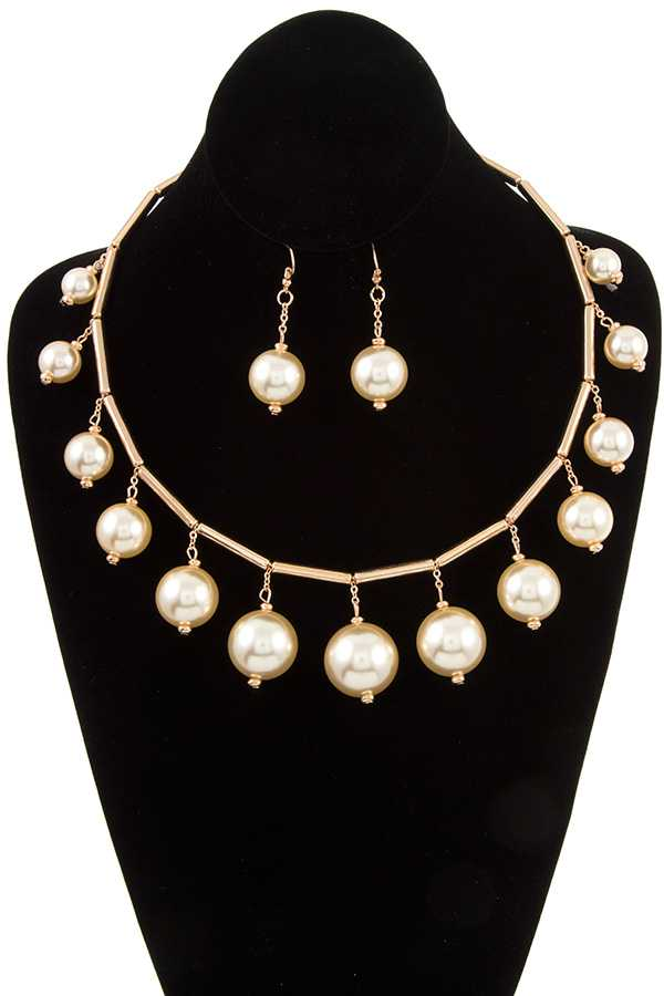 DANGLING PEARL ACCENT NECKLACE SET