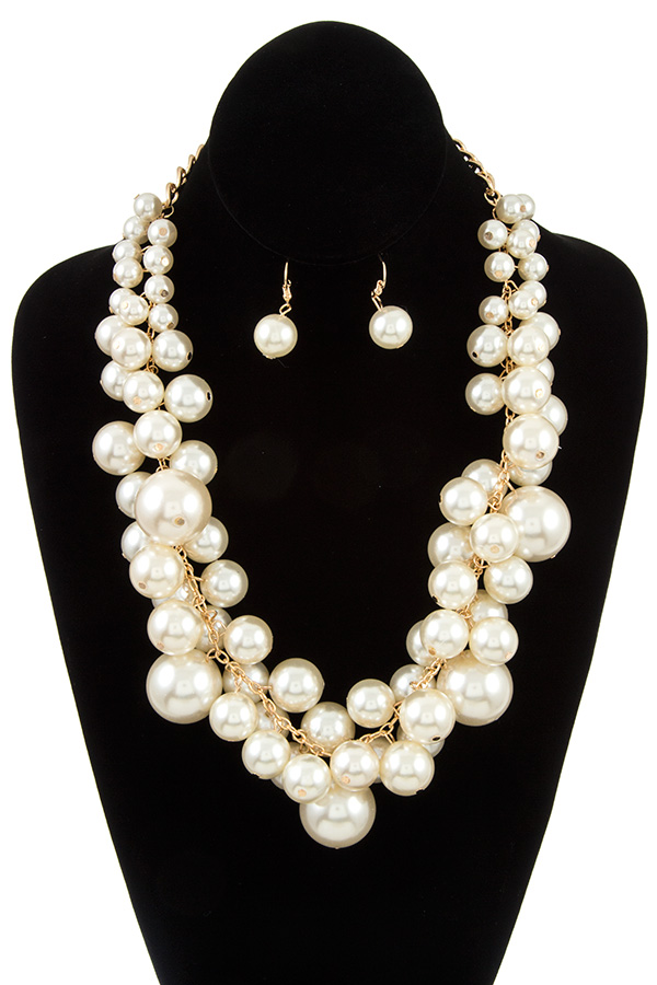 CLUSTER PEARL NECKLACE SET
