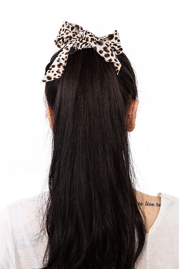 ANIMAL PRINT LONG TAIL HAIR TIE