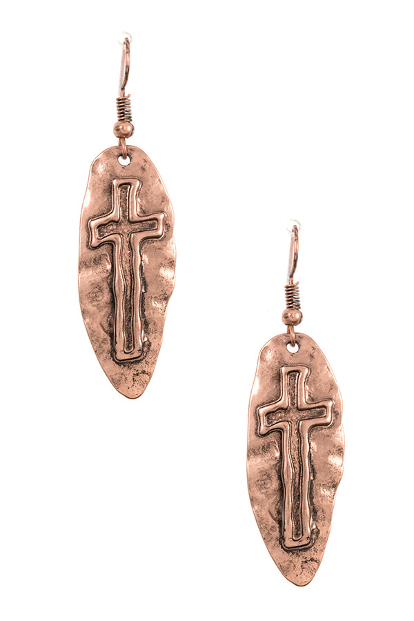 HAMMERED CROSS ETCHED DANGLE EARRING