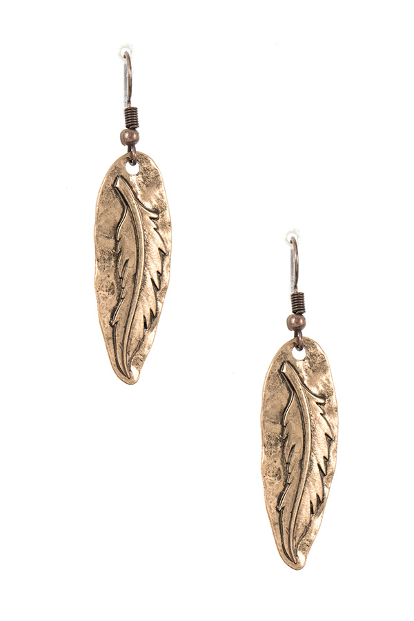 ETCHED LEAF ACCENT DANGLE EARRING