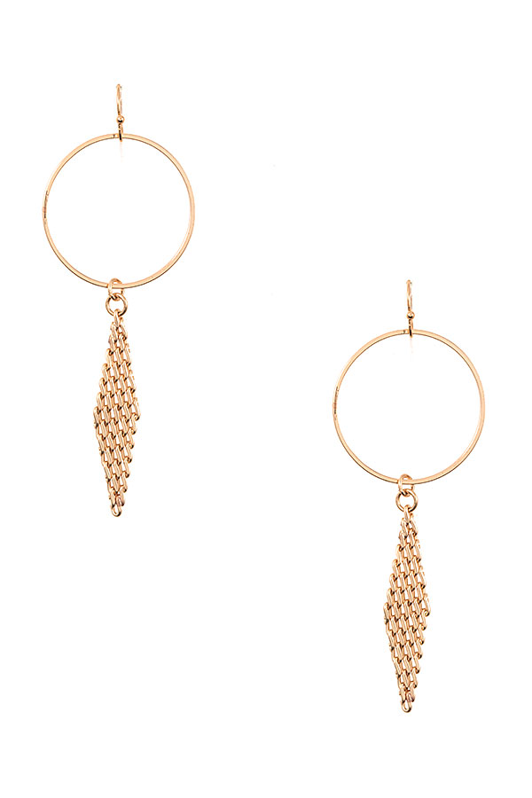 LINK CHAINT CIRCLE LINK DANGLE EARRING