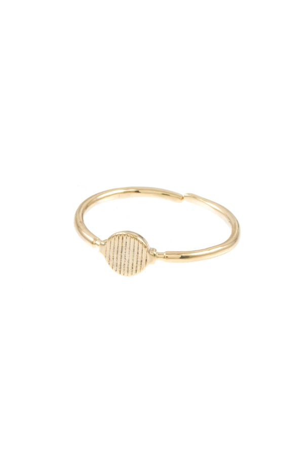 Line Round Accent Detailed Cuff Ring