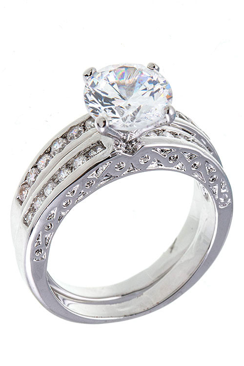 CZ ACCENT STONE ELABORATED DETAILED RING BAND
