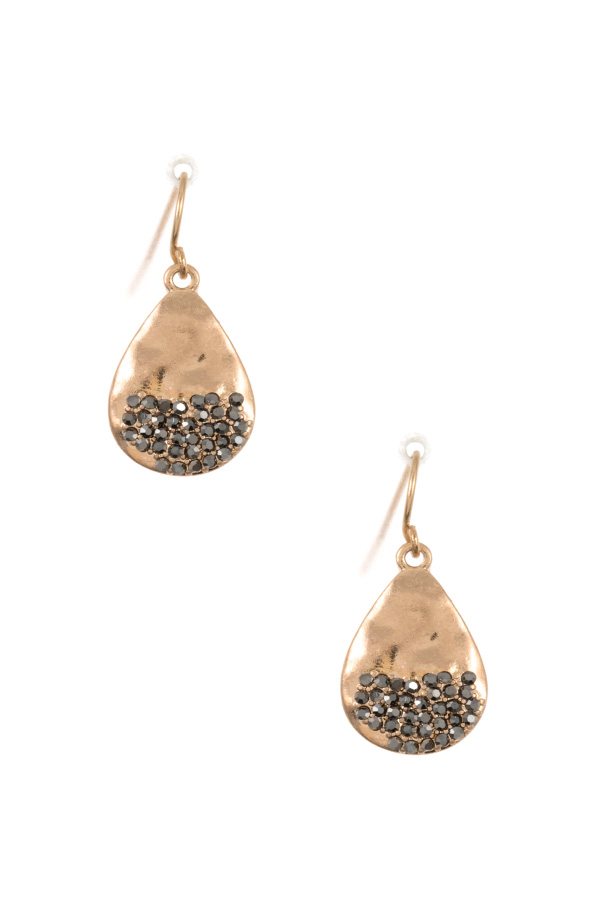 HAMMERED TEARDROP GEM PAVE DANGLE EARRING