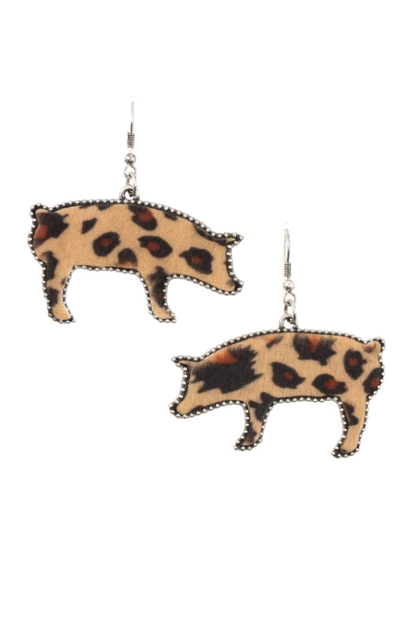 DOTTED FRAMED ANIMAL PRINT PIG EARRING