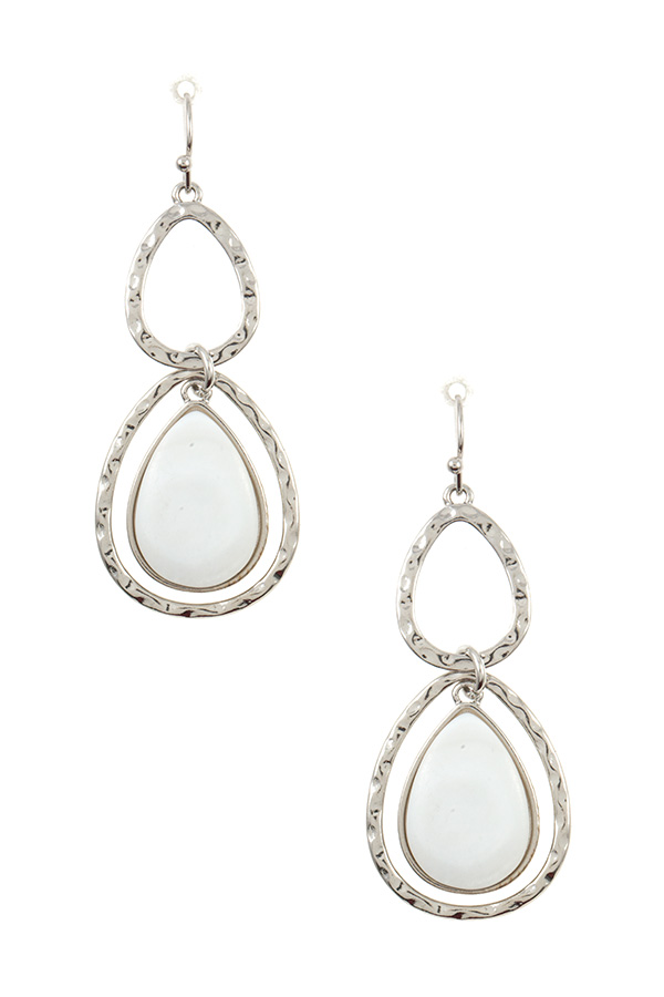 HAMMERED DOUBLE TEARDROP FAUX STONE DANGLE EARRING