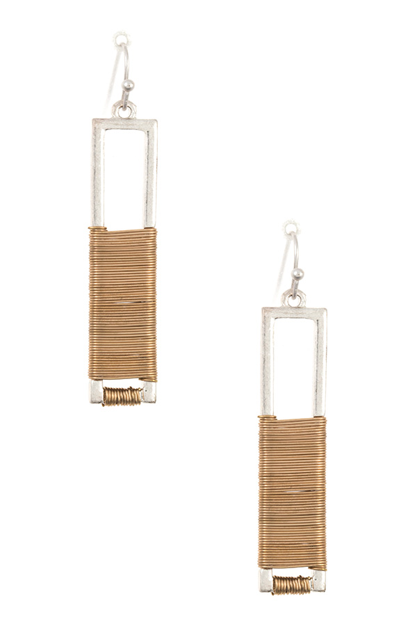 WIRED DROP BAR DANGLE EARRING