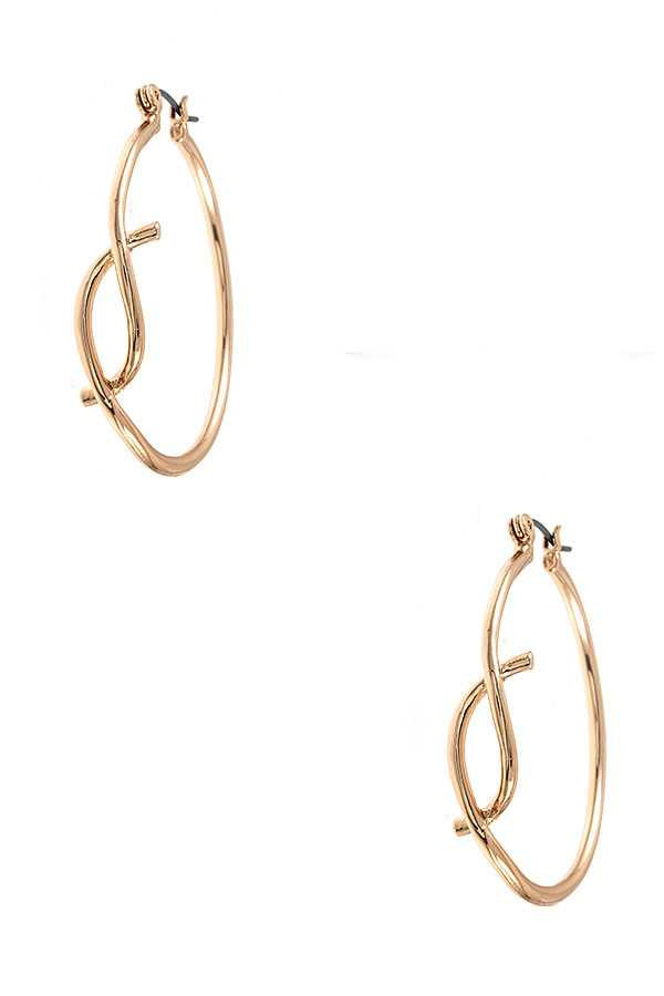 FISH CUT ACCENT HOOP EARRING