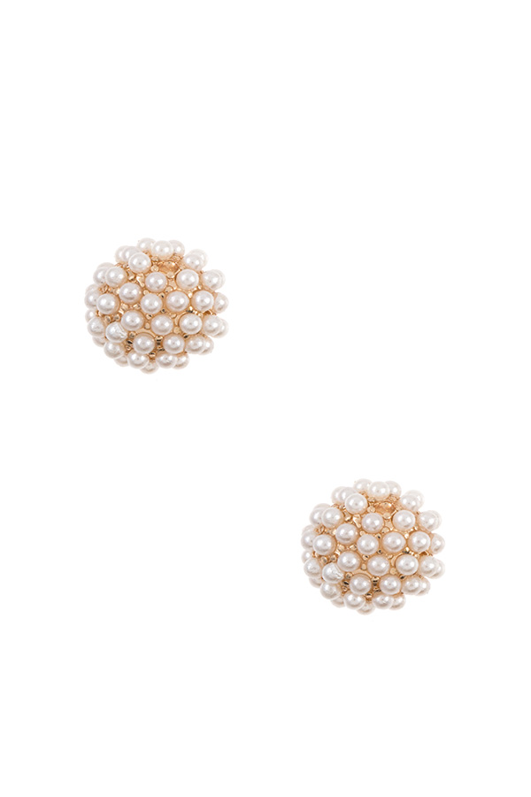 CLUSTER PEARL ORB POST EARRING